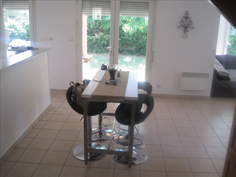 Location maison / villa L isle sur la sorgue 889€ CC - Photo 6