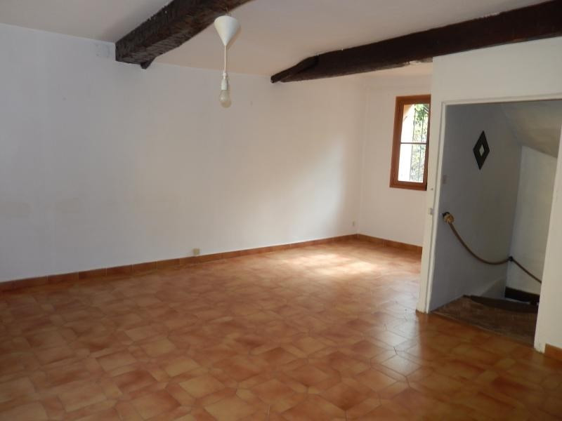 Location maison / villa Roquebrune sur argens 550€ CC - Photo 2