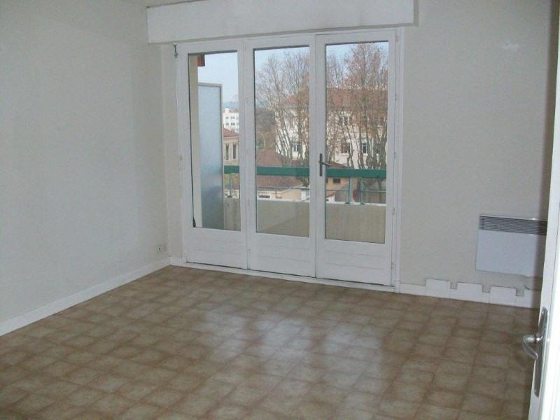 Rental apartment Roanne 615€ CC - Picture 2