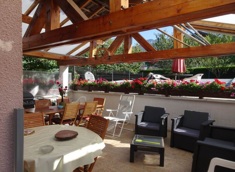 Venta  casa Saint-pierre-en-faucigny 425000€ - Fotografía 2