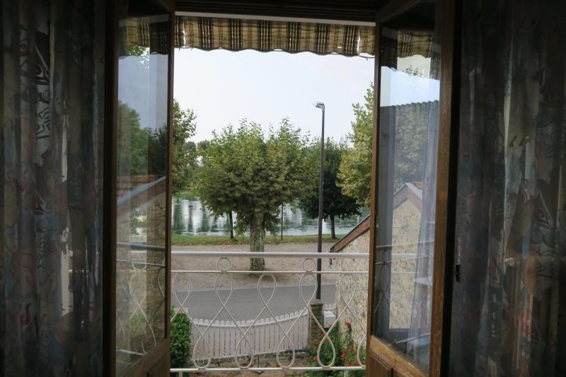 Vente maison / villa Pont-d'ain 180000€ - Photo 3