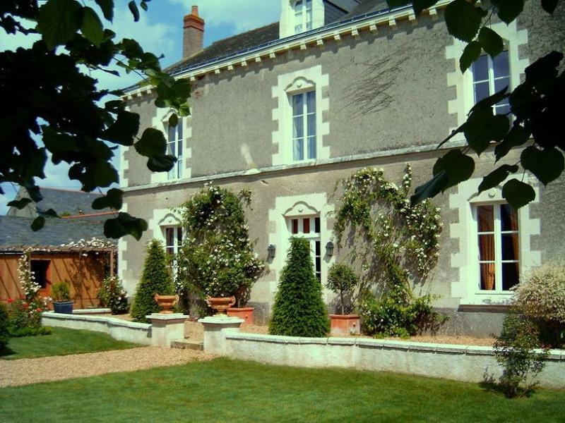 Deluxe sale house / villa Chateauneuf sur sarthe proche 360000€ - Picture 1