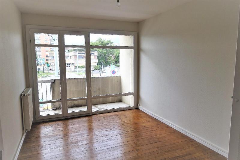 Location appartement Eybens 790€ CC - Photo 2