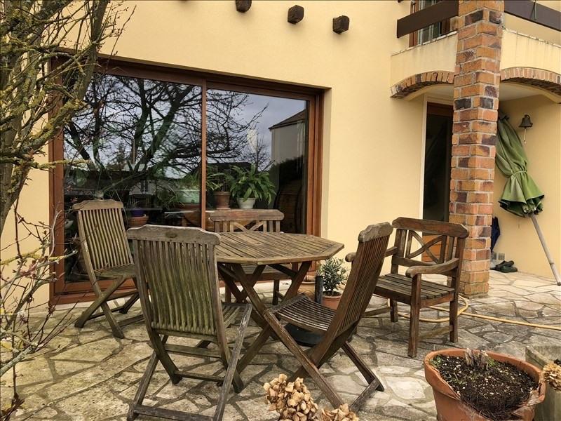 Sale house / villa St germain en laye 764000€ - Picture 2