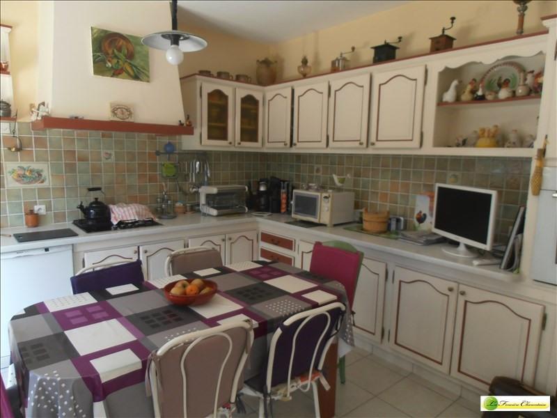 Sale house / villa Ruelle sur touvre 203000€ - Picture 3