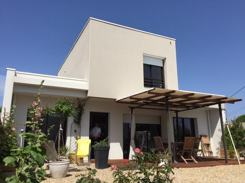 Deluxe sale house / villa Chateau d olonne 589900€ - Picture 1