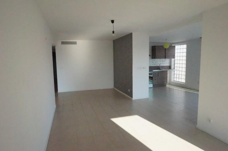 Sale apartment Marseille 8ème 480000€ - Picture 3