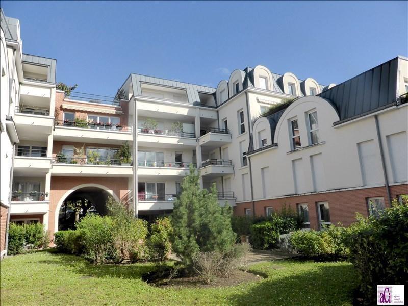 Sale apartment L hay les roses 468000€ - Picture 1