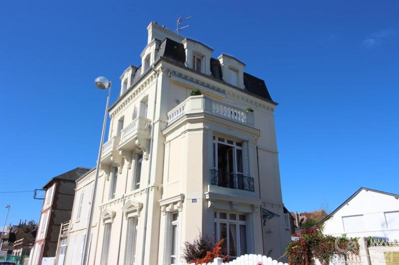 豪宅出售 住宅/别墅 Deauville 944000€ - 照片 1