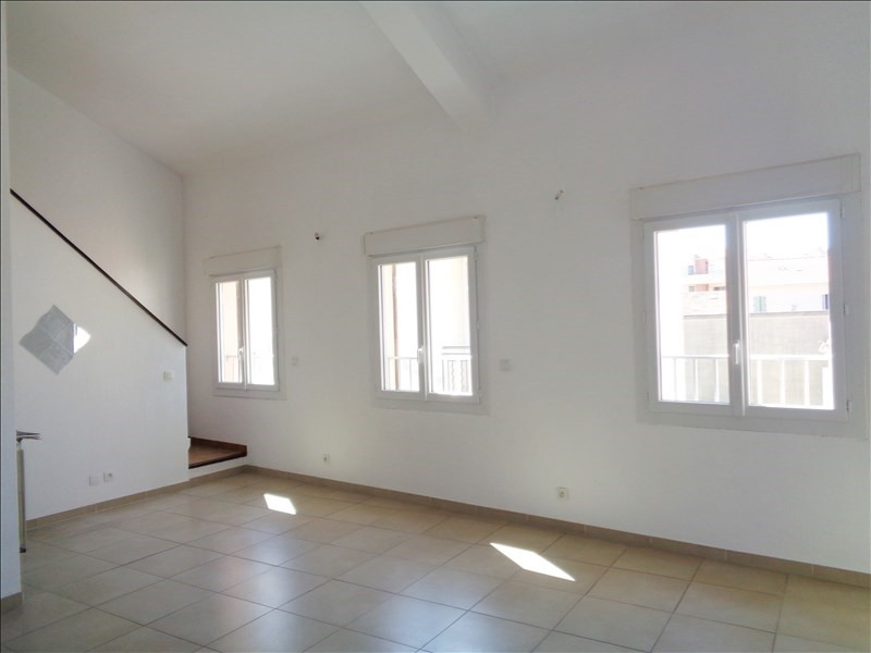 Rental apartment Seyne sur mer 645€ CC - Picture 1