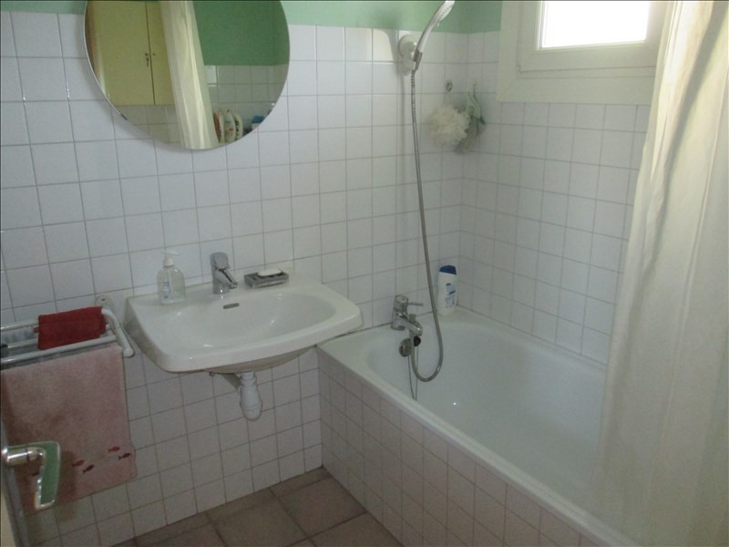 Sale house / villa Bage la ville 219000€ - Picture 6