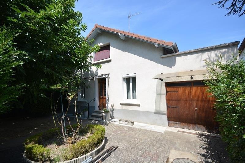 Sale house / villa Bourgoin jallieu 252000€ - Picture 1