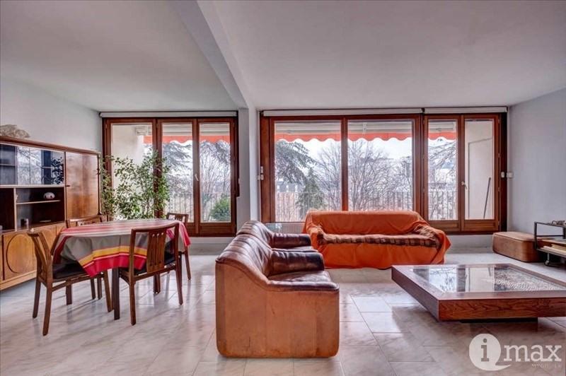 Sale apartment Courbevoie 585000€ - Picture 2