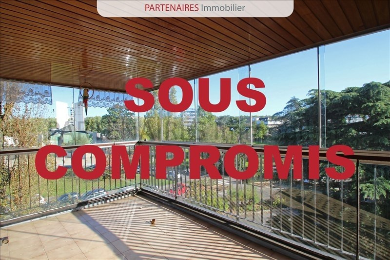 Sale apartment Le chesnay 304000€ - Picture 1