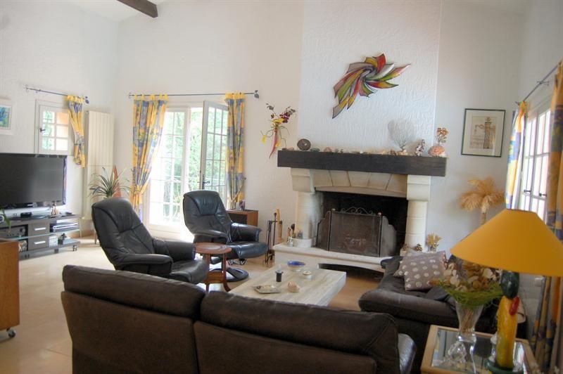 Deluxe sale house / villa Bagnols en forêt 595000€ - Picture 17