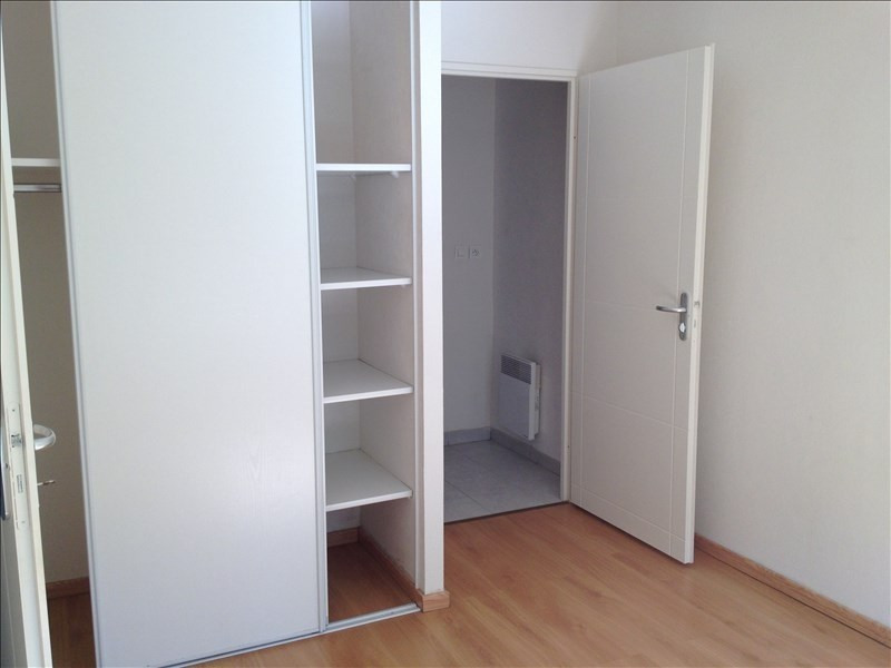Rental apartment Vendome 453€ CC - Picture 7