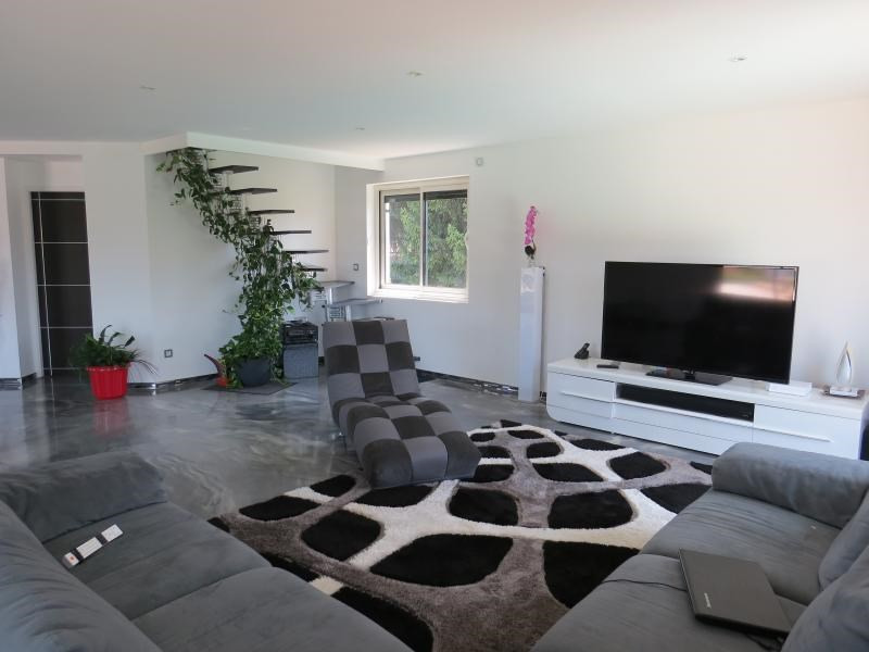 Deluxe sale house / villa Chavanoz 470000€ - Picture 3