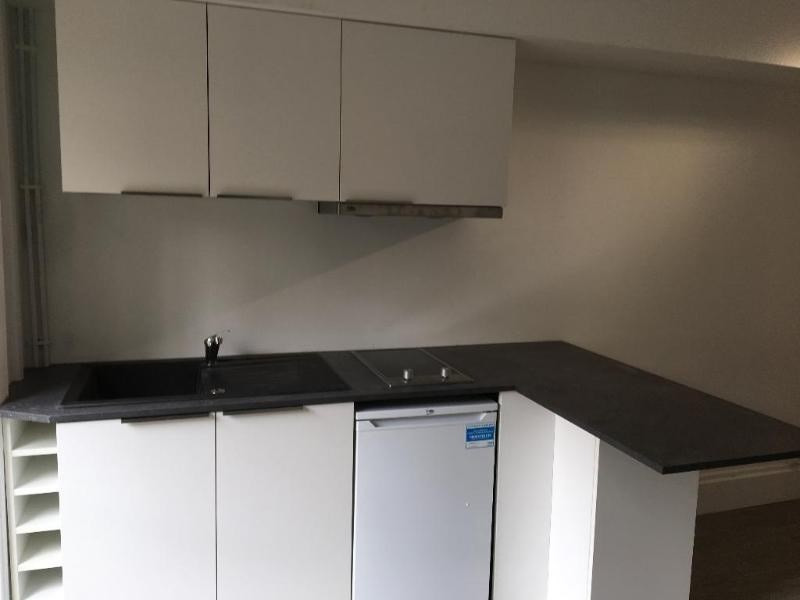Location appartement Lyon 6ème 495€ CC - Photo 4