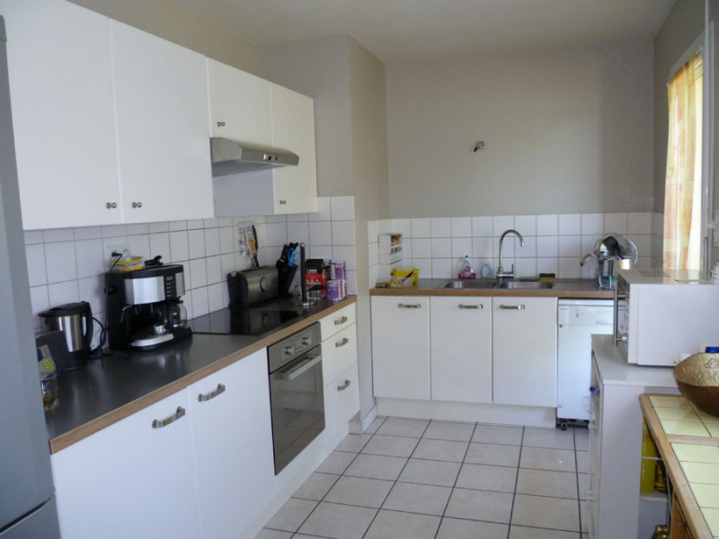 Rental house / villa Tramoyes 1 265€ CC - Picture 5
