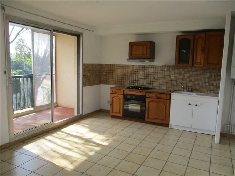 Rental apartment Montelimar 469€ CC - Picture 1