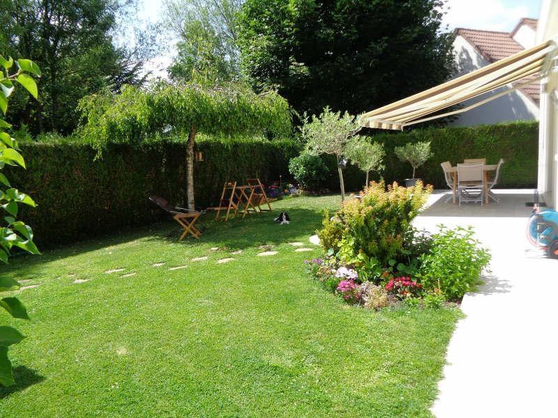 Sale house / villa Lesigny 540000€ - Picture 2