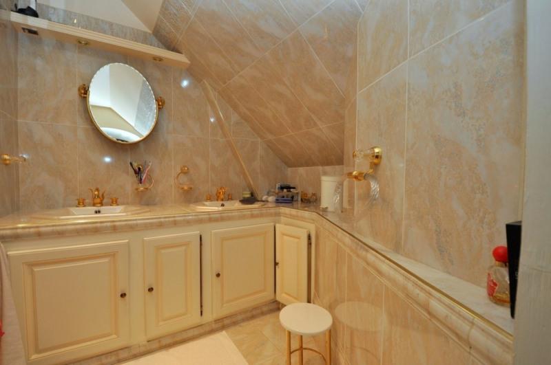 Sale house / villa Le val st germain 695000€ - Picture 14