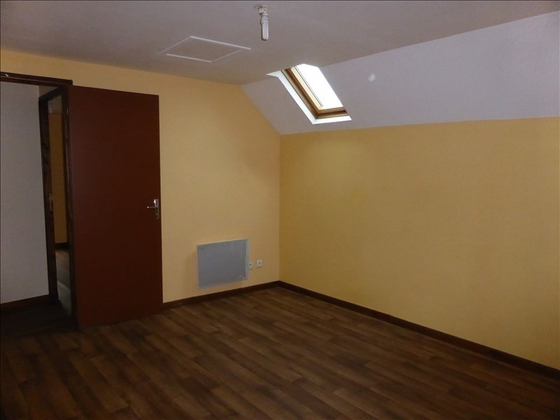 Location maison / villa St bris le vineux 410€ CC - Photo 4