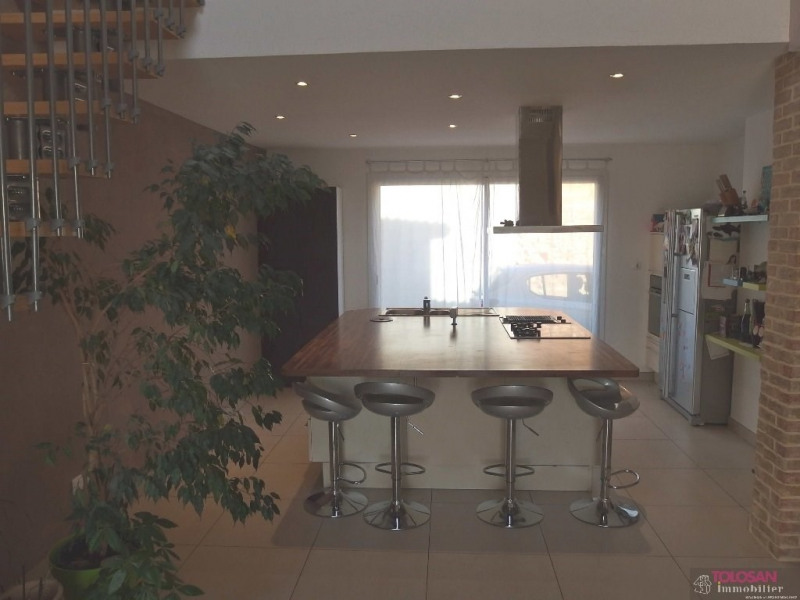 Vente maison / villa Ayguesvives secteur 384 000€ - Photo 6