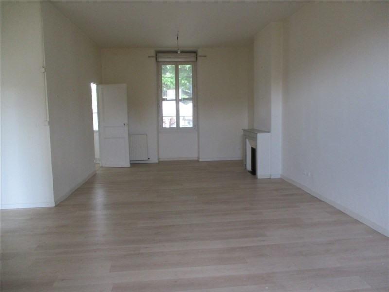 Verhuren  appartement Salon de provence 750€ CC - Foto 2