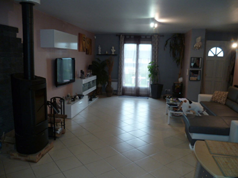 Sale house / villa Chauffry 229 500€ - Picture 2