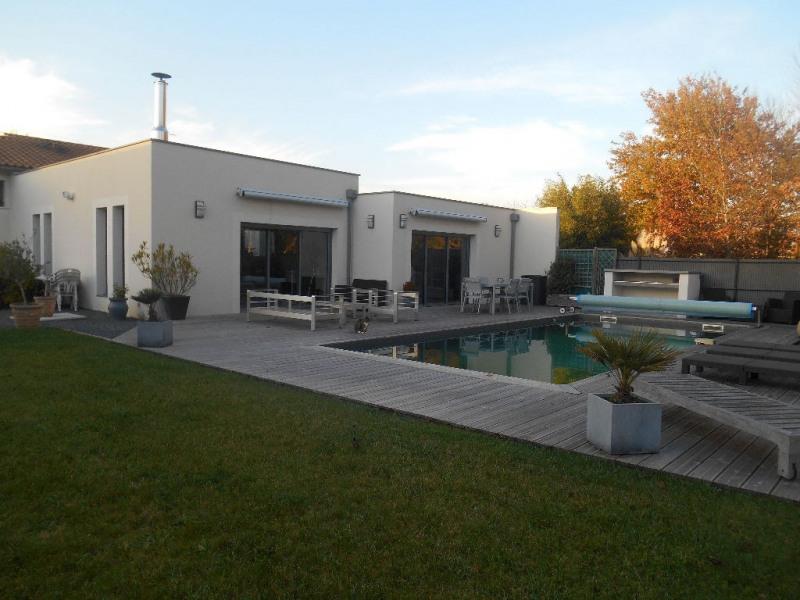 Deluxe sale house / villa La brede 668000€ - Picture 12