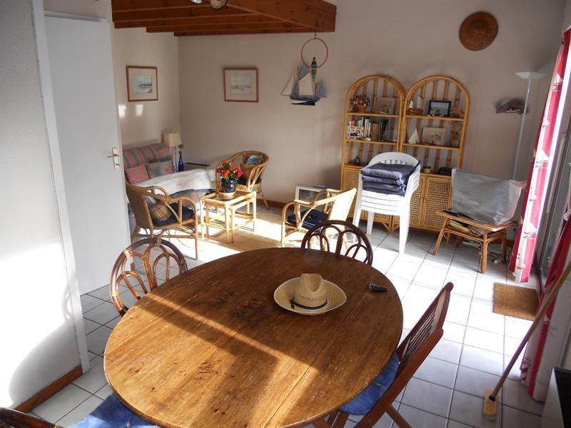 Vacation rental house / villa Vaux-sur-mer 568€ - Picture 3