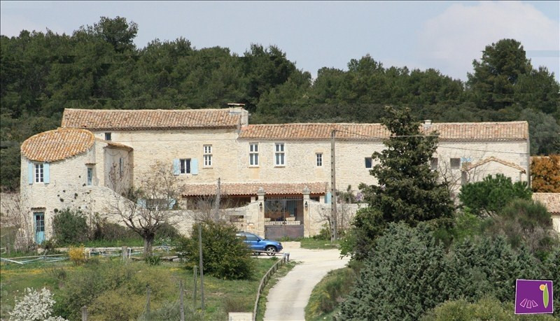 Deluxe sale house / villa Uzes 1 590 000€ - Picture 1