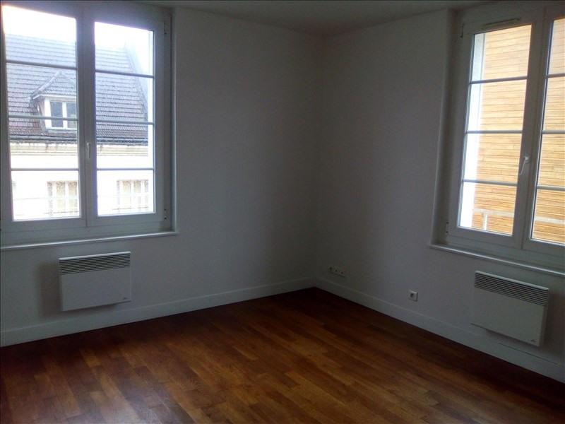 Location appartement Beauvais 780€ CC - Photo 4