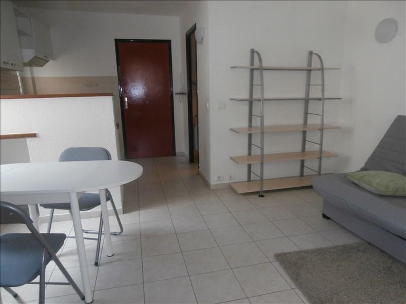 Rental apartment Manosque 356€ CC - Picture 1