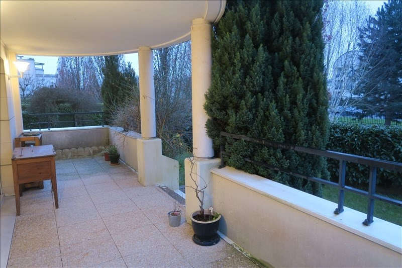 Vente appartement Guyancourt 399000€ - Photo 2