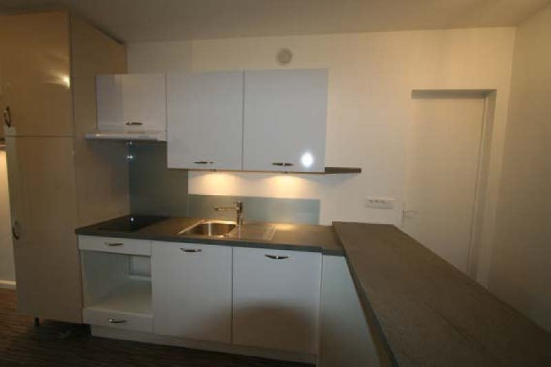 Location appartement Rueil malmaison 710€ CC - Photo 2