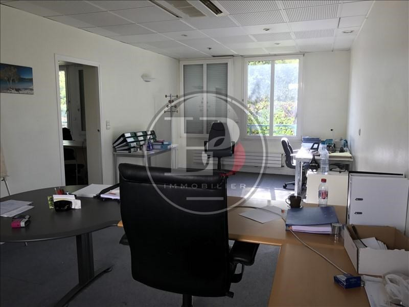 Sale office Mareil marly 425 000€ - Picture 2
