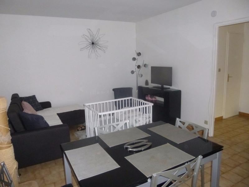 Sale house / villa Entraigues sur la sorgue 164000€ - Picture 3