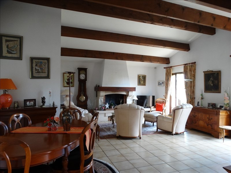 Sale house / villa Blanquefort 378000€ - Picture 2