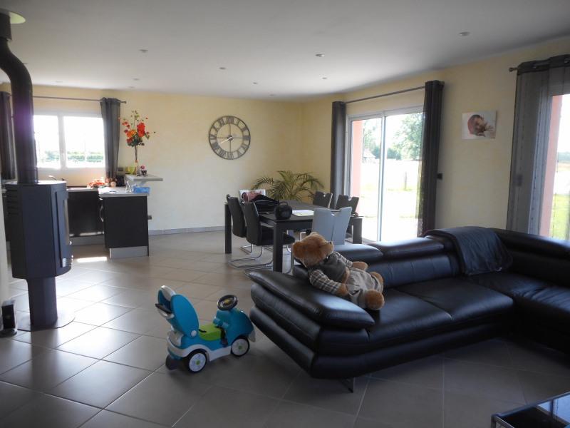 Vente maison / villa Commenailles 299000€ - Photo 2