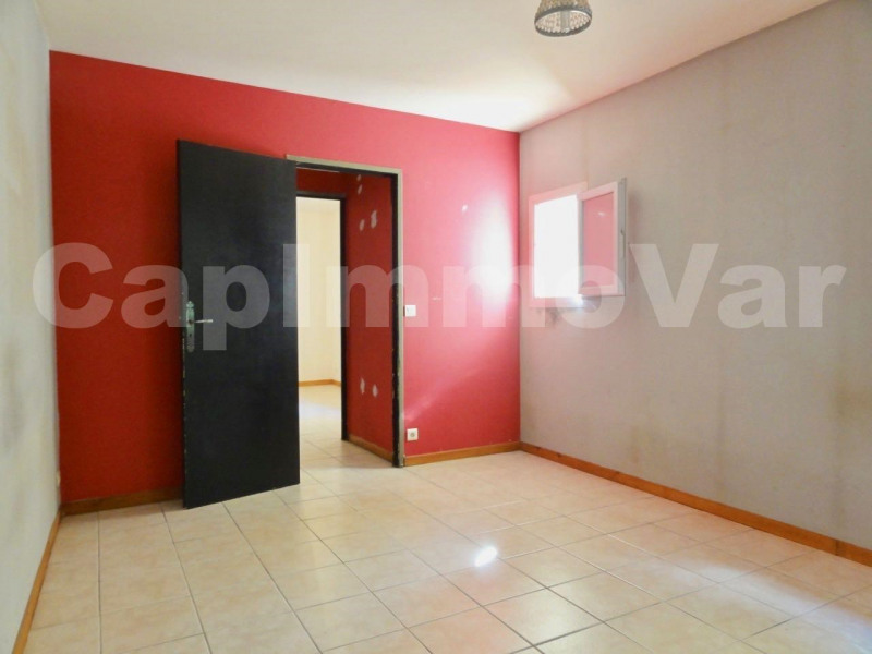 Vente maison / villa Le beausset 168 000€ - Photo 5