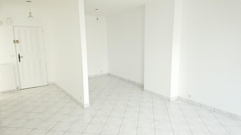Location appartement St germain en laye 776€ CC - Photo 2