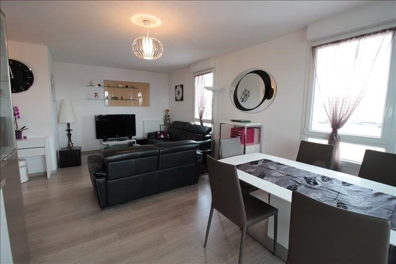 Sale apartment Annecy 370000€ - Picture 2