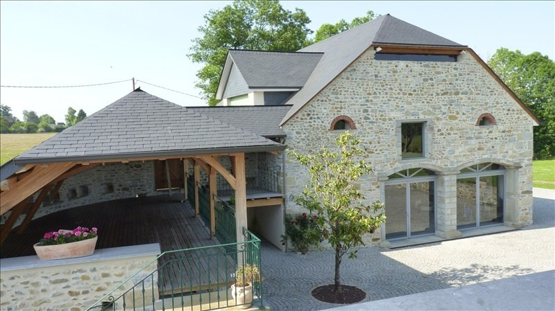 Vente de prestige maison / villa Nay 950 000€ - Photo 2