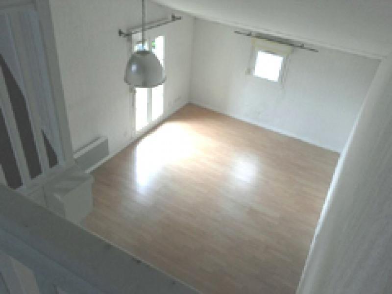 Location appartement Villette d anthon 926€ CC - Photo 3