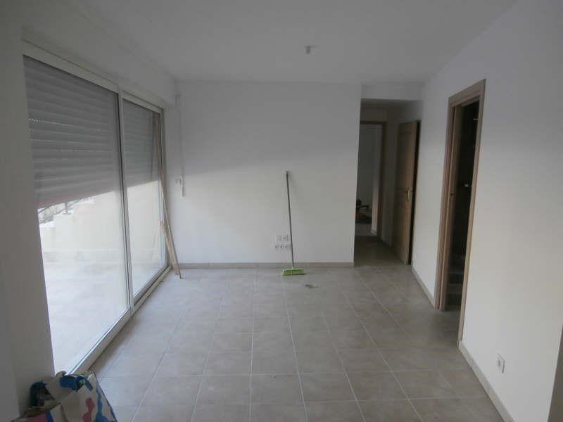 Rental apartment Valensole 760€ CC - Picture 3