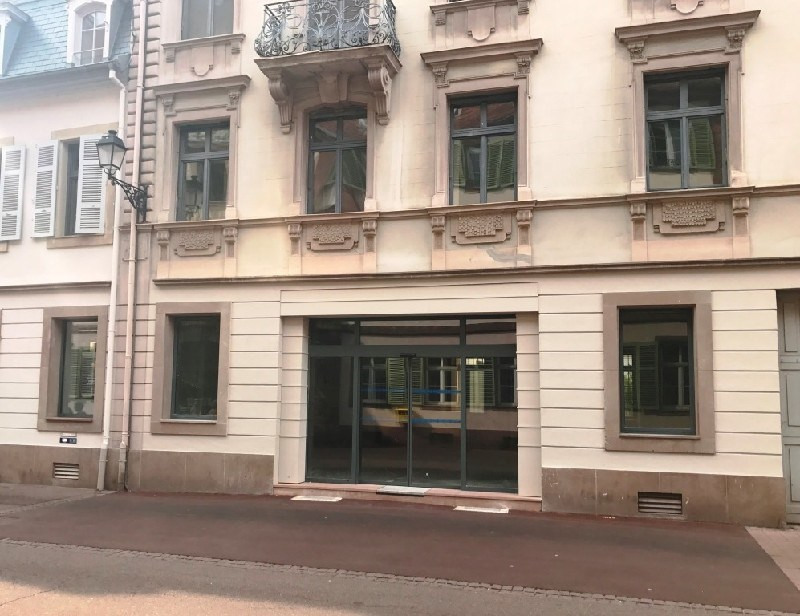 Location local commercial Colmar 10 000€ CC - Photo 1