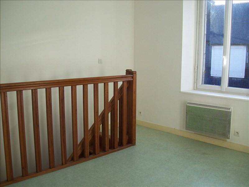 Location appartement Guingamp 300€ CC - Photo 2
