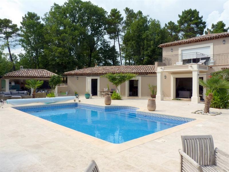 Revenda residencial de prestígio casa Montauroux 949000€ - Fotografia 8